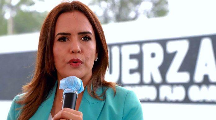 Clara Luz Flores podría integrarse al gabinete de AMLO