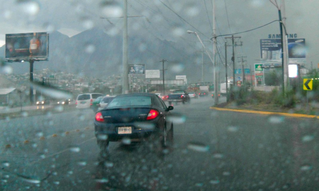 Lluvia en Monterrey